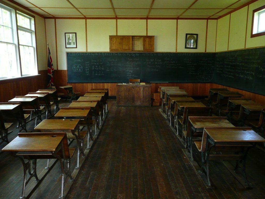 学校 木製 机