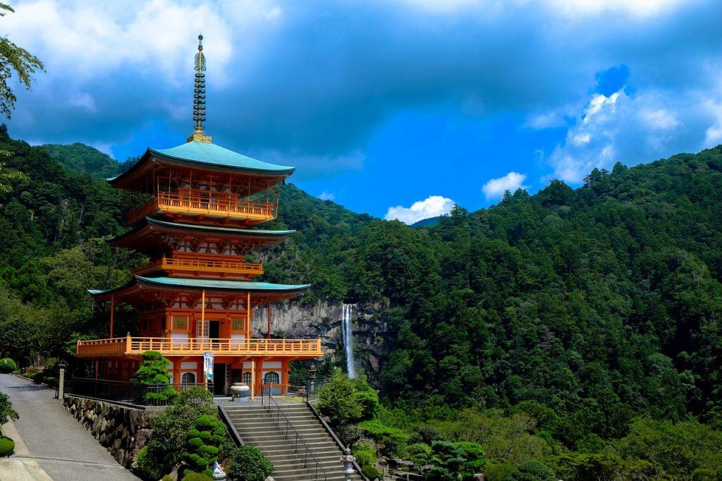 日本 三重塔