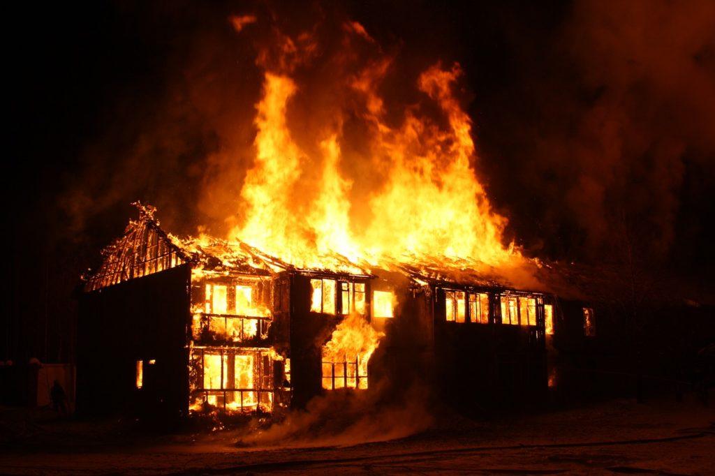 建物 火災 焼失