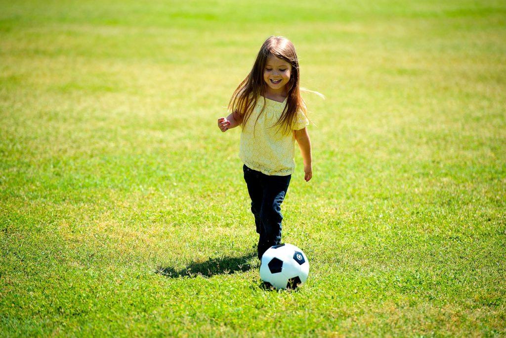 サッカー 女の子