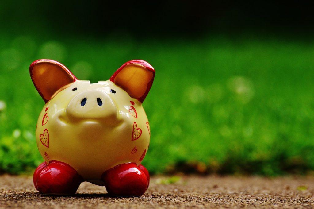 豚 貯金箱
